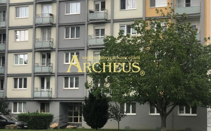 3 IZBOVÝ BYT, 77 m2, EXNÁROVA UL., BRATISLAVA – RUŽINOV