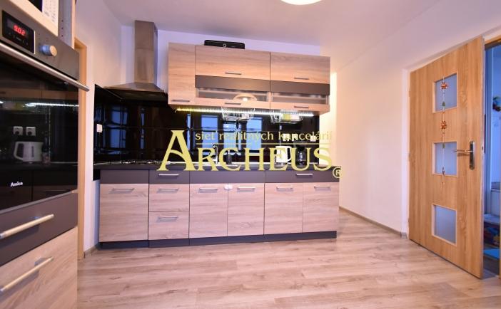 3D prehliadka/exkluzívne/ 3 izbový byt, Poprad, 2 balkóny