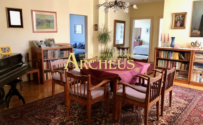 5 izbový byt s dušou Starého Mesta, 157 M2, ŠPITÁLSKA UL, BA
