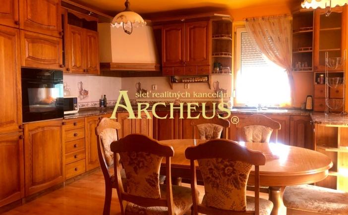 Veľký mezonetový byt, 171,85m2, krásne prostredie s grilom, Vinosady - Pezinok