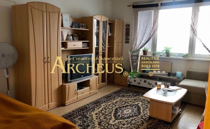 1-izbový byt s loggiou, 43 m3, Bratislava - Karlova Ves